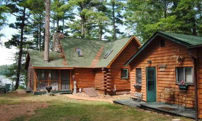 Bear's Paw - Private Home Cottage